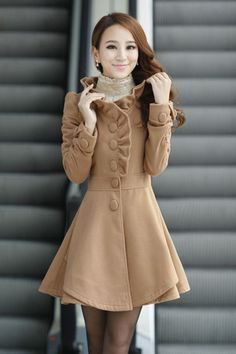 Fashion New Style O neck Long Sleeve single breasted Khaki Wool Long Coat (lose the ruffle, but otherwise...)