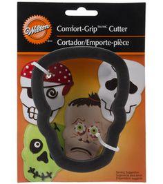 Wilton Comfort-Grip Cookie Cutter 4''-Skull