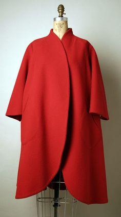 Vintage Trigere, 1962 l amazing red coat
