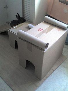 tutoriel 1 construction d 39 une cabane maison en carton pour lapin de compagnie marguerite et. Black Bedroom Furniture Sets. Home Design Ideas