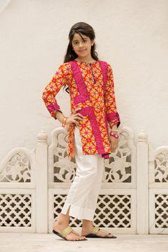 Girls Dresses Sewing, Stylish Dresses For Girls, Stylish Dress Designs, Designs For Dresses, Little Girl Dresses, Baby Girl Dress Design, Girls Frock Design, Baby Girl Dress Patterns, Simple Pakistani Dresses