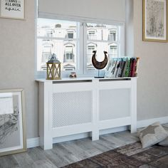Style At Home, Living Room Inspiration, Bungalow, Entryway Tables, Cabinet, Bedroom, House Styles, Storage, Furniture