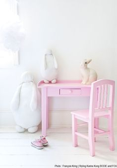 BODIE and FOU★ Le Blog: Inspiring Interior Design blog by two French sisters: Mila's little bedroom revamp...