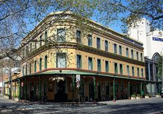 Royal Exhibition Hotel, Surry Hills, Sydney, NSW by dunedoo, via Flickr