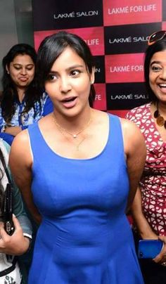 priya anand hot boobs & navel shape