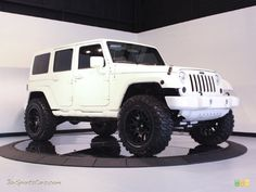 Jeep Sahara Unlimited Bright White, I cant wait to get mine!