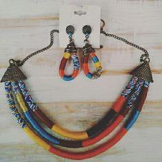 As cores viva da primavera representada nesse lindo conjunto  de acessórios  feminino Maroiyá.