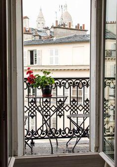 balcony view in paris...
