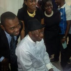 ArmanikEdu: Former President Jonathan spotted at a Bank in Abu...