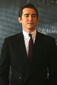 As a tech visionary. Visual Proof That Lee Pace Should Be The Only Person On Your Celebrity Freebie List! Sci Fi Thriller, Thranduil, Legolas, Lee Pace, San Diego Comic Con, Sharp Dressed Man, Attractive Men, Man Crush, American Actors