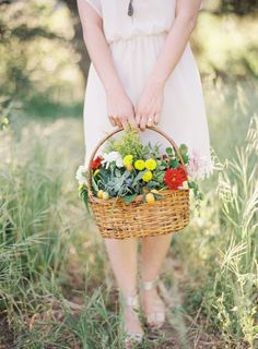 Picnic Engagement Session in California | Wedding Sparrow | The Great Romance Photo