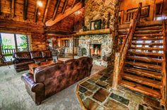 Loving this log cabin we found over on Log Home Living Magazine! I could spend time in this room. I needs some color. Who could spend time here?