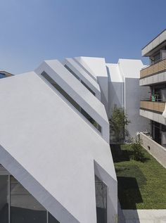 House-shaped clinic designed to make elderly patients feel more at home.