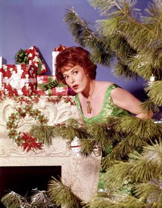 Christmas. Maureen O'Hara ~ thanks for the great movies ~ rest in peace