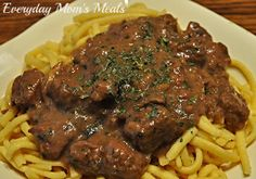 ~Crock Pot Steak Tips n Gravy~ Comfort food at it's best, slow cooking makes these tender, juicy and rich in flavor. Sunday supper quality simple enough for the work week!