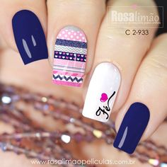 Essas películas da nova coleção sem joia estão arrasando!!! 😱😱😱😱 Para adquirir entre em contato conosco através do What's App (17) 99601-7921 😉😉 Blue Nails, Glitter Nails, Blue Nail Designs, Nail Stamping, Trendy Nails, Hair And Nails, Make Up, Chocolate, Bread Recipes