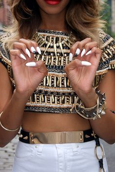 love everything #stiletto #nails #necklace #gold #crop #top