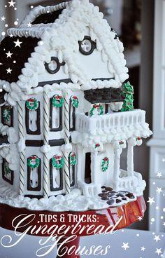 Gingerbread Houses: Tips & Tricks | Remodelaholic | Bloglovin'