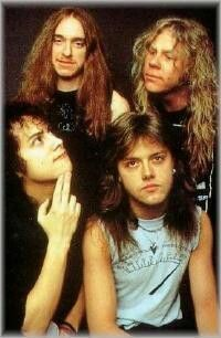 James Hetfield, metallica, and funny image James Hetfield, Robert Trujillo, Cliff Burton, Jason Newsted, Blues, The Simpsons, Great Bands, Cool Bands, Black Metal