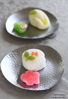 Japanese sweets. Why are they so beautiful?