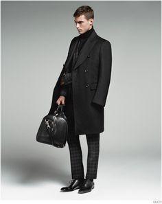 Clément Chabernaud Models Gucci Mens Tailoring Suit Collection image Gucci Mens Tailoring Suit Collection Clement Chabernaud 007 800x1009