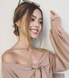 ,, Thanksgiving Make-up, - Mein Stil Classy Casual, Casual Elegance, Thanksgiving Makeup Looks, Lily Maymac, Pictures Of Lily, Filipina Beauty, Insta Models, Foto Pose, Girl Day