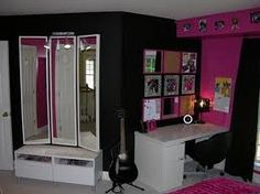 Merveilleux U0027Lexieu0027s Hot Pink And Black Zebra Bedroomu0027 Collection   Photo # 2   More  Inspiration For A Hot Pink And Black Teen Room. Pictured Is The Desk And  Dressing ...