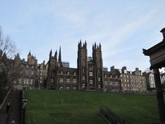 Scotland on your mind? Study abroad in Edinburgh with World Endeavors!