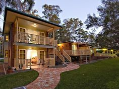 Sunshine Coast Poppies Bed and Breakfast Hotel Australia, Pacific Ocean and Australia Poppies Bed and Breakfast Hotel is conveniently located in the popular Sunshine Coast Hinterland area. Offering a variety of facilities and services, the hotel provides all you need for a good night's sleep. Service-minded staff will welcome and guide you at the Poppies Bed and Breakfast Hotel. Guestrooms are designed to provide an optimal level of comfort with welcoming decor and some offeri...