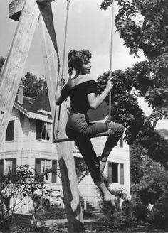 Brigitte Bardot trapezista... :-)