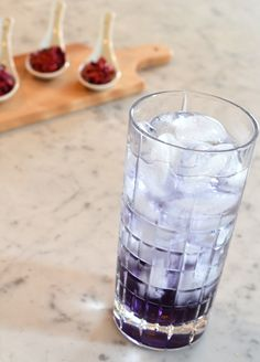Violet Gin & Tonic