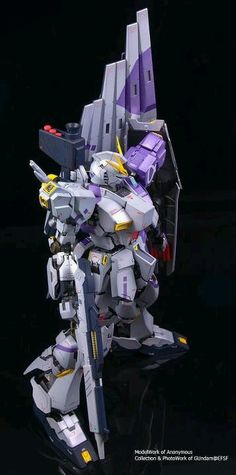 Nu Gundam model