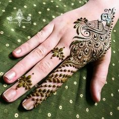 Newest Collection Of Beautiful Latest Mehndi Designs 2019 For Girls Full Mehndi Designs, Peacock Mehndi Designs, Stylish Mehndi Designs, Mehandi Designs, Tattoo Designs, Henna Mehndi, Henna Art, Mehendi, Mehndi Video