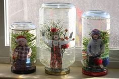 DIY snow globes are great as Christmas decorations, and they can be nice conversation pieces. Here are 20 DIY snow globe ideas you'll love making and showing off! Snow Globe Crafts, Diy Snow Globe, Kids Snow Globe Craft, Winter Christmas, Christmas Holidays, Christmas Decorations, Holiday Crafts, Holiday Fun, Kids Crafts
