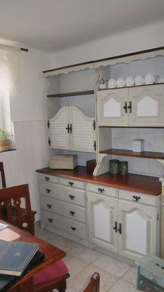 Painting Cabinets, Nevada, Type 3, Shabby Chic, Kitchen Cabinets, Facebook, Furniture, Design, Home Decor