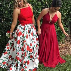 **Customer Spotlight**🔦 We just can't get enough of our customer @eleanor.vliek's bold floral print 2-piece by @daveandjohnnynyc 😍🌹. You look absolutely stunning! Thanks again for allowing French Novelty to be a part of your special day 💕. #frenchnovelty #daveandjohnny #prom2k17 #promdress #jacksonvilleprom #customerappreciation