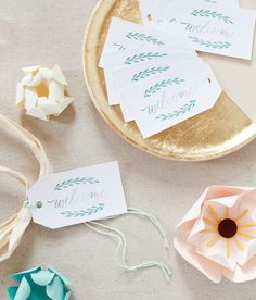 Printable Hand Lettered Watercolor Welcome Bag Tags with @avery: http://ohsobeautifulpaper.com/2015/05/printable-hand-lettered-watercolor-wedding-stationery/ | Design: Bright Room Studio | Styling + Photos: Nole Garey for Oh So Beautiful Paper