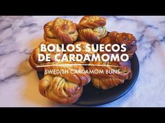 BOLLOS SUECOS DE CARDAMOMO / SWEDISH CARDAMOM BUNS - YouTube Sausage, The Originals, Youtube, Food, Buns, Cook, Eten, Sausages, Meals