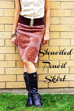 Brassy Apple: Stenciled Pencil Skirt tutorial - with Martha Stewart paints/tools Sewing Patterns Free, Free Sewing, Sewing Tips, Sewing Ideas, Sewing Crafts, Sewing Projects, Diy Clothing, Sewing Clothes, Martha Stewart