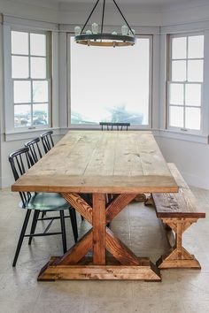 Create a Restoration Hardware rustic dining table in a weekend with our complete, step by step plans & save THOUSANDS on your own farmhouse dining table Farmhouse Dining Room Table, Diy Dining Table, Bench For Kitchen Table, Wood Dining Bench, Build A Table, Antique Dining Tables, Dinning Room Tables, Restoration Hardware Dining Table, Farmhouse Table Plans