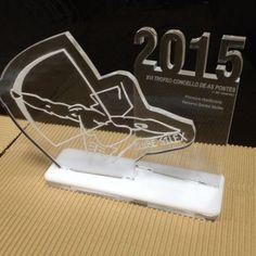 Trofeo para Tiro con Arco realizado en metacrilato.: