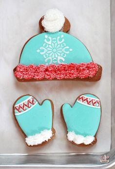 Winter Hat and Mitten Decorated Cookies | Sweetopia