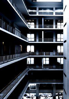 Modern architecture, Prague; Photo: Jacek Durski