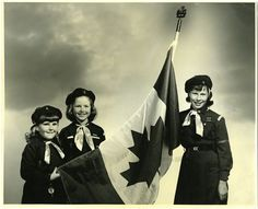Browines fly a Canadian flag in This photo appeared on our 2010 anniversary cookie box. Brownies Girl Guides, Anniversary Cookies, School Uniform Fashion, Canada Day, Girl Scouts, Vintage Toys, Childhood Memories, Red And White, The Past