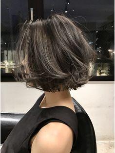 Medium Hair Cuts, Short Hair Cuts For Women, Medium Hair Styles, Iu Short Hair, Hair Color Underneath, Hello Hair, Gorgeous Hair Color, Shot Hair Styles, Aesthetic Hair