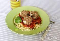 Mediterrán húsgombóc paprikás tésztaágyon Feta, Spaghetti, Cooking, Ethnic Recipes, Red Peppers, Kitchen, Noodle, Brewing, Cuisine