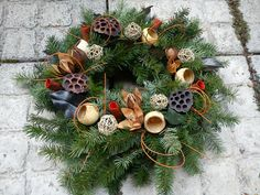 Flower Factory, Advent, Christmas Wreaths, Holiday Decor, Projects, Home Decor, Xmas, All Saints Day, Florals