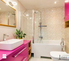 Łazienka nowoczesna - zdjęcie od studiolighthouse.pl - fotografia wnętrz pink bathroom   modern   glamour   design   inspiration  