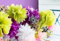 Näin teet pom pom -kukkia -video: http://www.kodinkuvalehti.fi/artikkeli/suuri_kasityo/askartelu_ja_muut_tekniikat/katso_video_nain_teet_pom_pom_kukan