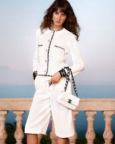 Chanel Resort, Chanel Cruise, Chanel Outfit, Chanel Jacket, Fashion Week, Fashion 2020, Runway Fashion, Fashion Outfits, Womens Fashion